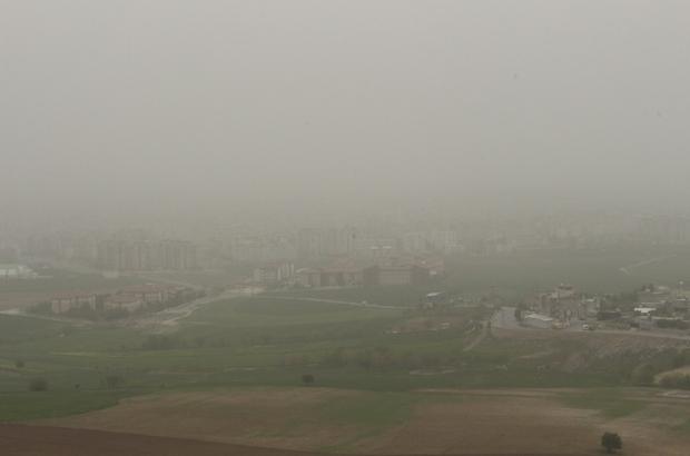 Adıyaman'ı toz bulutu kapladı