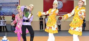 Tatar öğrenciler 23 Nisan'ı kutladı