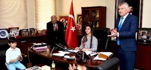 Başkan Karalar, koltuğunu Yasmina Patır'a devretti