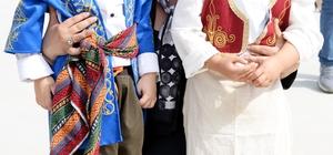 Çerçioğlu, Kuşadası'nda Çocuk Şenliği'ne katıldı