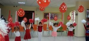 Nezaket Okulları 23 Nisan'ı coşkuyla kutladı