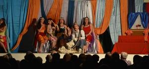 'Yedi Kocalı Hürmüz' Ortaca'da sahnelendi