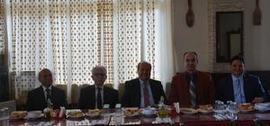 Başkan Özakcan, şoförlerle bir araya geldi