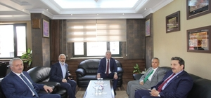 Yavuz Donat'tan Başkan Memiş'e ziyaret