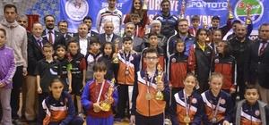 Tokat'taki masa tenisi en iyi 12'ler şampiyonası sona erdi