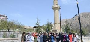 Üniversite öğrencileri Darende'yi gezdi