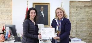 Altın Madalyalı Balcıoğlu'na Başkan Uyar'dan teşekkür