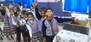 Çıldır İlkokulu öğrencileri mavi kapak topluyor
