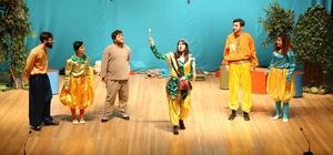 'Hoca Nasreddin' sahnelendi