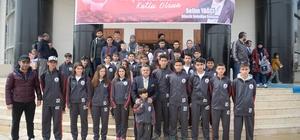 Çocuk Akademisi öğrencileri ilk belediyecilik dersini belediye başkanından aldı