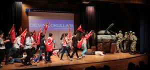 Gaziantepli öğrenciler, 15 Temmuz darbe girişimini sahneledi