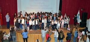Okuma yarışması Foça'da ödüllendirildi