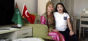 23 Nisan'da Türkmenistanlı çocukları evlatlarından ayırmadılar