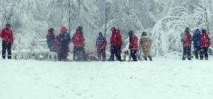 UMKE ekiplerinden kar altında tatbikat