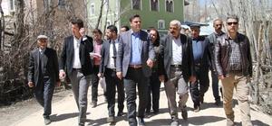 Belediye Başkan Vekili Öztürk, mahallelerde incelemelerde bulundu