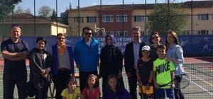 Tenis il birinciliği ödülleri verildi