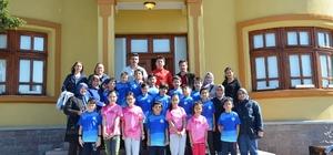 Genç sporcular Bozüyük Şehir Müzesi'ni ziyaret etti