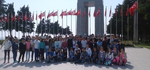 Burhaniyeli öğrencilerin Çanakkale gezisi