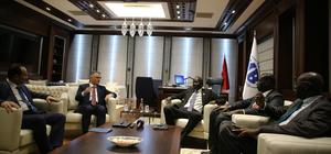 Maliye Bakanı Ağbal, Güney Sudanlı mevkidaşıyla görüştü