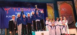 Gaziosmanpaşalı Şampiyon Yıldızlar Milli Takım'da
