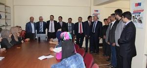 Şemdinli'de esnaf toplantısı düzenlendi