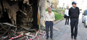 Ayrı yaşadığı eşine kızıp evi yaktı