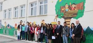 Tasarım öğrencileri köy okulunu renklendirdi