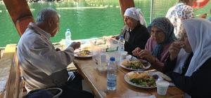 Köyceğiz'de şehit yakınları ve gaziler için tekne turu