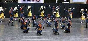 İzmit'te halk oyunları yarışması
