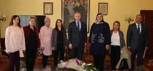 Şarkışla Kızılay yönetiminden Vali Gül'e ziyaret