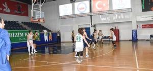 Düzce Belediyesi kız basketbol takımı Burhaniye ile karşılaşacak