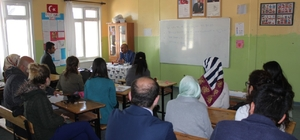 Milli Eğitim müdürü Cırıt okulları ziyaret etti