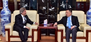 Başkan Demircan, Çin Başkonsolosu Qian Bo'yu ziyaret etti