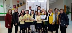 aşak Koleji öğrencileri Dünya Barışı Afiş Yarışması'na katıldı