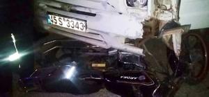 Saruhanlı'da kamyonet ile motosiklet çarpıştı: 1 yaralı