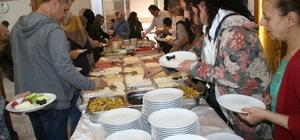 Okul ailebirliği üyeleri kahvaltıda bir araya geldi