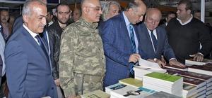 Rektör Çomaklı, Erzurum Kitap Fuarı'nın açılışına katıldı