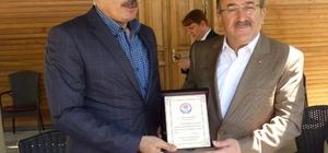 Başkan Gümrükçüoğlu'nun vefası