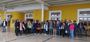 CÜ Mimarlık Fakültesi öğrencileri Divriği'yi gezdi