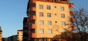 Çatalzeytin'de apartmanın çatısı yandı