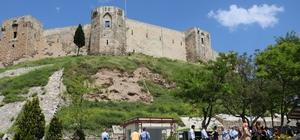 Gaziantep kalesine ziyaretçi akını