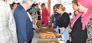 Vali Tuna Meyve Yemekleri festivaline katıldı