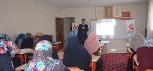 Kadınlara etkili iletişim semineri
