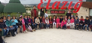 Elazığ'da, köy çocukları sinema ile tanıştı