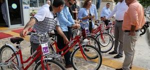 Başkan Tarhan'dan Avrupa Bisiklet Yarışması'na bisikletle destek