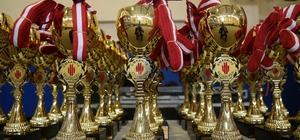 4'üncü Geleneksel Çocuk Oyunlarında ödüller sahiplerini buldu