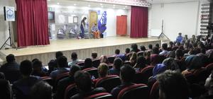Eruh'ta kültür sanat etkinlikleri ilgi görüyor