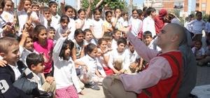Edremit'te çocuklar tiyatro ile buluşuyor