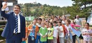Gazili çocuklar Spil'de buluştu