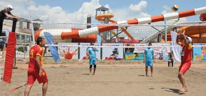 Denizi olamayan Mardin'de plaj voleybolu heyecanı